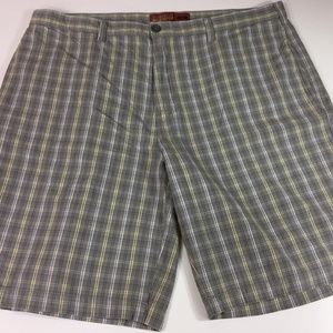 PERRY ELLIS MEN'S CASUAL SHORTS Size 40W